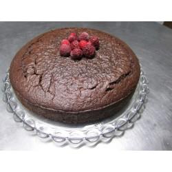 Schokoladenkuchen mit Himbeergelee